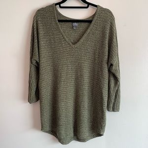 ⭐️3/$25⭐️ chunky olive army green vneck sweater